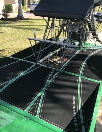 LAMdeck Green Airboat 6